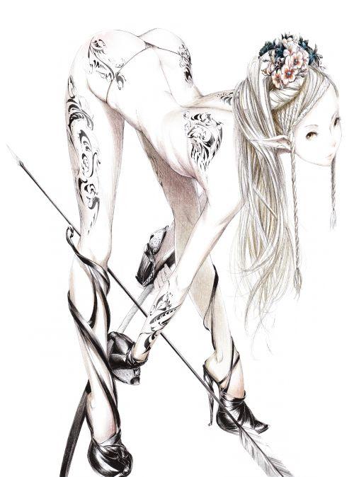 чёрно белая картинка девушки с тату sawasawa